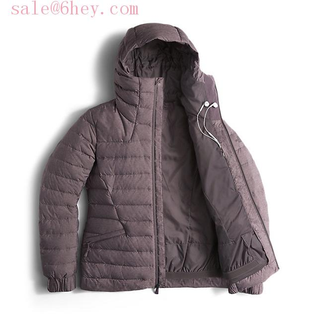moncler check certilogo